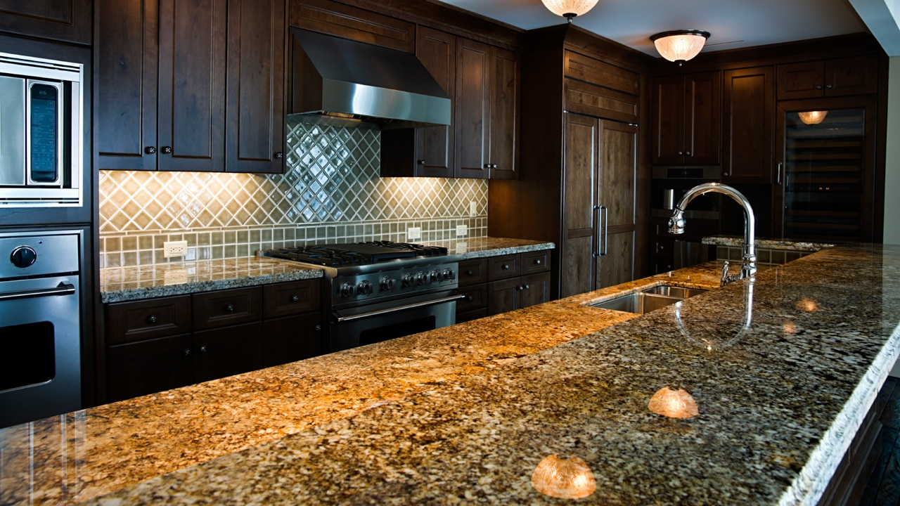 Best granite cleaner detailed reviews best way to for Best way to clean slabs