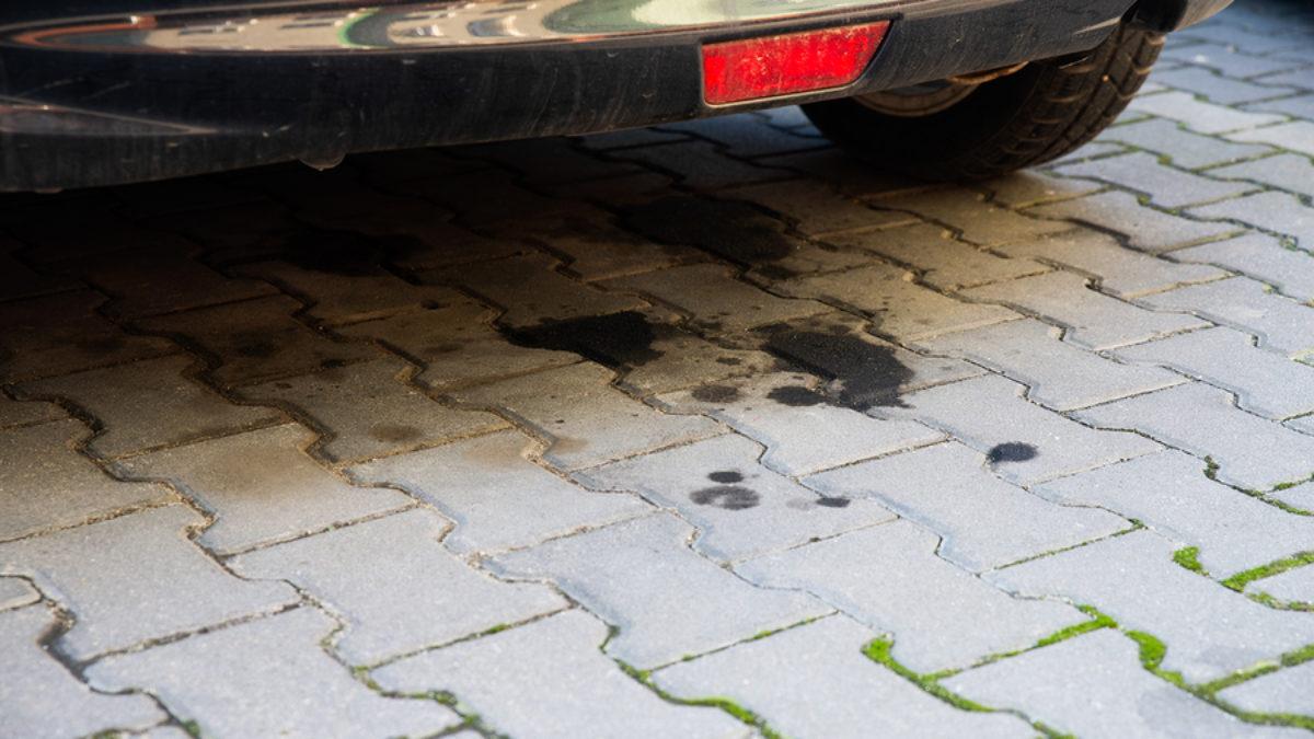 transmission fluid leak when parked